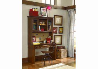 dawsons-ridge-desk-with-hutch-and-chair