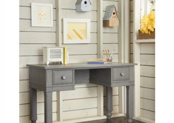 Lake House Desk with Hutch