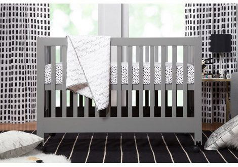 Maki Full Sized Crib