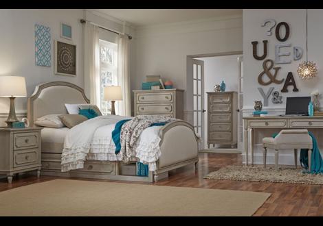 Emma Complete Upholstered Panel Queen Bed