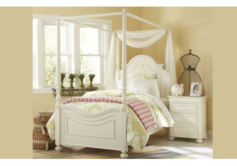 Charlotte Twin Low Poster Bed w/Canopy Kit