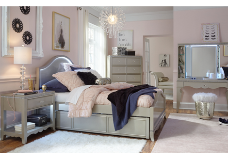 Glitz & Glam Complete Arched Full Panel Bed
